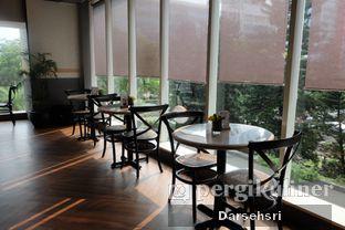 Foto 5 - Interior di Harlow oleh Darsehsri Handayani