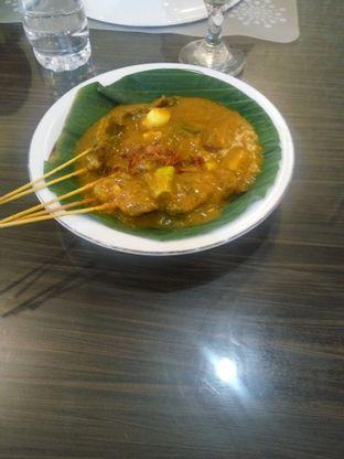 Foto 1 - Makanan di RM Pangeran Khas Minang oleh Jef