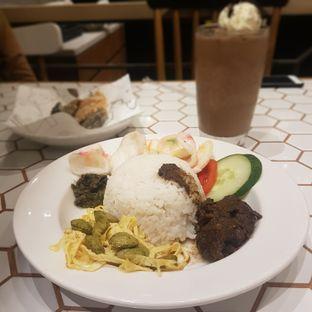 Foto 1 - Makanan di Barby's Bakery & Cafe oleh El Yudith
