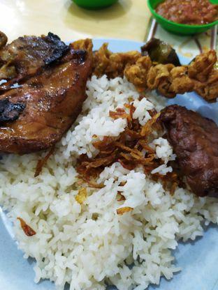 Foto 3 - Makanan di Nasi Uduk Kiko Sari oleh Anne Yonathan