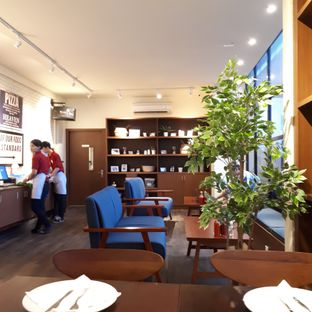 Foto 2 - Interior di Milan Pizzeria Cafe oleh Andin | @meandfood_