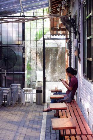 Foto 7 - Interior di Stuja Coffee oleh yudistira ishak abrar