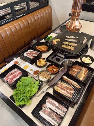 Foto Makanan di Flaming Mr Pig