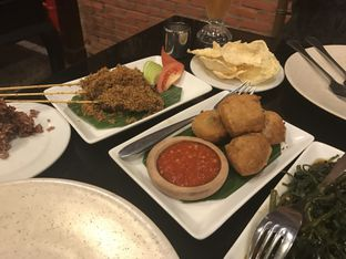 Foto 5 - Makanan(Tahu Isi Pala Adas) di Pala Adas oleh Oswin Liandow