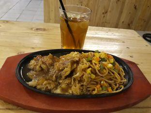 Foto review MBS Bistro Cafe oleh Dani Allamsyah 4