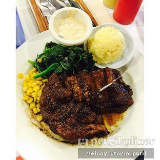 Foto - Makanan di Holycow! STEAKHOUSE by Chef Afit oleh Melody Utomo Putri