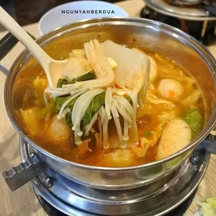 Foto 2 - Makanan di Yuraku Express oleh ngunyah berdua