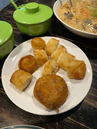 Foto 4 - Makanan di Soto Betawi Nyonya Afung oleh Duolaparr