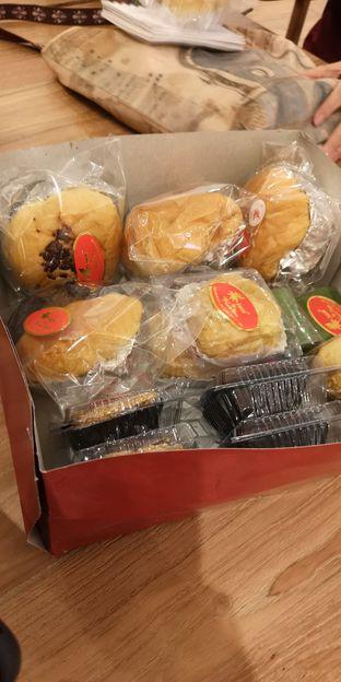 Foto 3 - Makanan di Iwai Bakery oleh om doyanjajan
