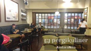 Foto 4 - Interior di Starbucks Coffee oleh AndaraNila