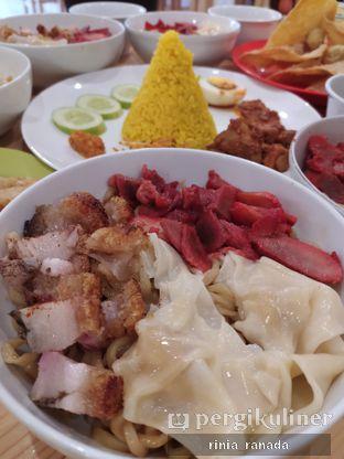 Foto 1 - Makanan di Bakmi Pangsit Palu oleh Rinia Ranada