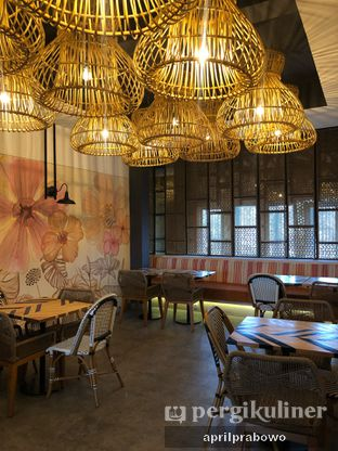 Foto 4 - Interior di Geulis The Authentic Bandung Restaurant oleh Cubi