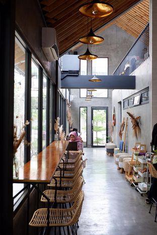 Foto 15 - Interior di Hakuna Matata oleh yudistira ishak abrar
