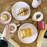 Foto Ovomaltine croissant di Dolls Bakeshop