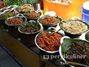 Foto 5 - Makanan di Sunda Prasmanan Cikajang oleh Tirta Lie