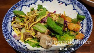 Foto 4 - Makanan di The Betawi Salad oleh UrsAndNic