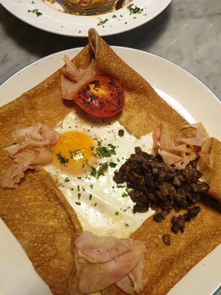 Foto 1 - Makanan(Ham & mushroom galletes) di Kitchenette oleh ruth audrey