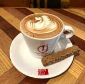 Foto Mocha wafer latte di Anomali Coffee
