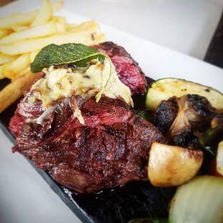 Foto - Makanan(Hanger Steak) di Bluegrass oleh Eric  @ericfoodreview