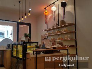 Foto 2 - Interior di Sollie Cafe & Cakery oleh Ladyonaf @placetogoandeat