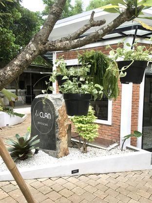 Foto 15 - Eksterior di de'CLAN Resto & Cafe oleh Prido ZH