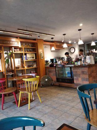 Foto 9 - Interior di Sedjuk Bakmi & Kopi by Tulodong 18 oleh Rosalina Rosalina
