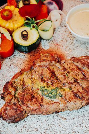 Foto 9 - Makanan di Cutt & Grill oleh Indra Mulia