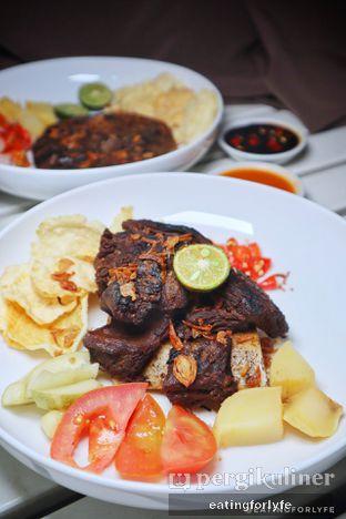 Foto 2 - Makanan di Soto Betawi Nyonya Afung oleh Fioo | @eatingforlyfe