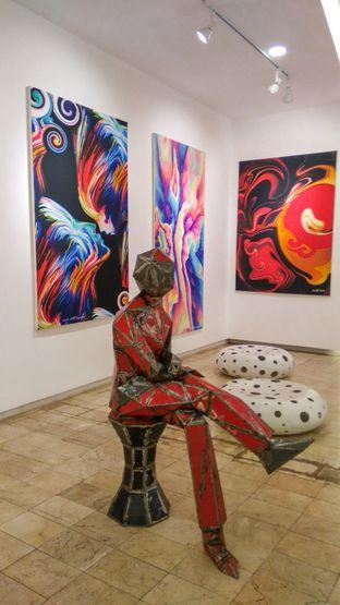 Foto 3 - Interior(Art Gallery) di Artivator Cafe oleh thefoodsthetic