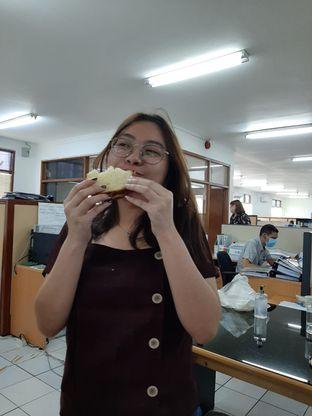 Foto 7 - Interior di Roti Eneng oleh Yohanacandra (@kulinerkapandiet)