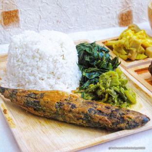 Foto 1 - Makanan di RM Kapau Jaya oleh Kuliner Addict Bandung