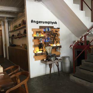 Foto 11 - Interior di Rumpi Katumiri oleh Lydia Adisuwignjo