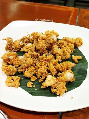 Foto 5 - Makanan(Cumi Goreng Tepung) di Live Seafood Cabe Ijo oleh Alvin Johanes