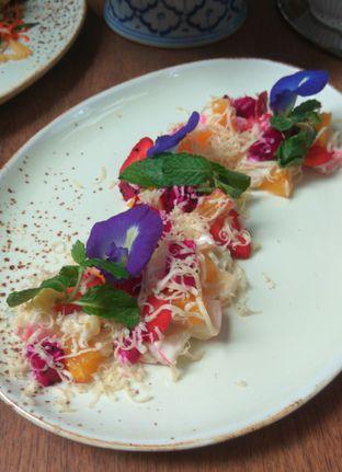 Foto 2 - Makanan(Salad Buah Menado) di Blue Jasmine oleh Renodaneswara @caesarinodswr