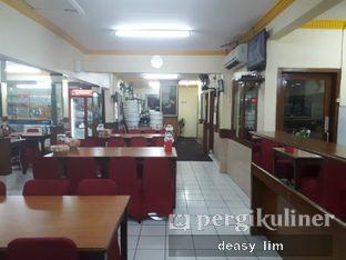 Foto 6 - Interior di RM Sederhana Padang oleh Deasy Lim