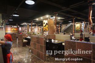 Foto 9 - Interior di Suwon Galbi oleh Hungry Couplee