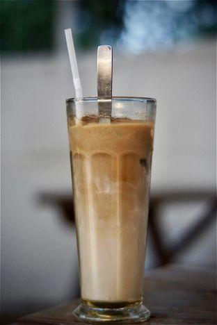 Foto 3 - Makanan(Iced Rum Latte) di Garden Coffee oleh Fadhlur Rohman