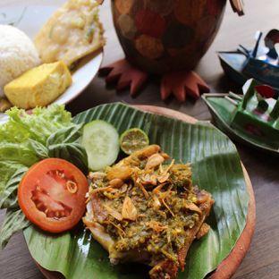 Foto 1 - Makanan(Ayam Penyet Rempah) di Warung Dulukala oleh Praz TV