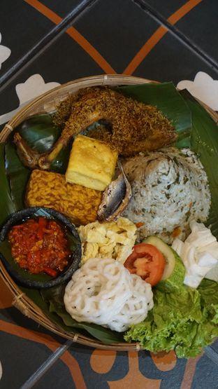 Foto 1 - Makanan di Pojok Nasi Goang oleh Theodora