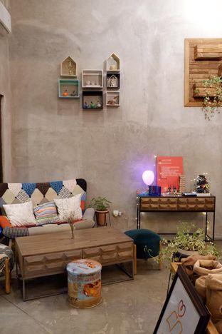 Foto 13 - Interior di Kona Koffie & Eatery oleh yudistira ishak abrar