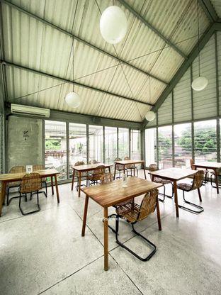 Foto 11 - Interior di Warung Nako oleh Indra Mulia