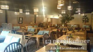 Foto 5 - Interior di Journey Coffee oleh Jakartarandomeats