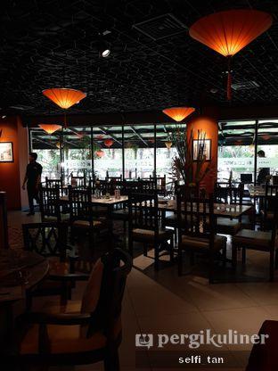 Foto 4 - Interior di Co'm Ngon oleh Selfi Tan