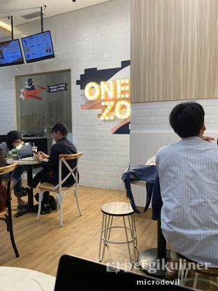 Foto review ONEZO oleh Aji Achmad Mustofa 2