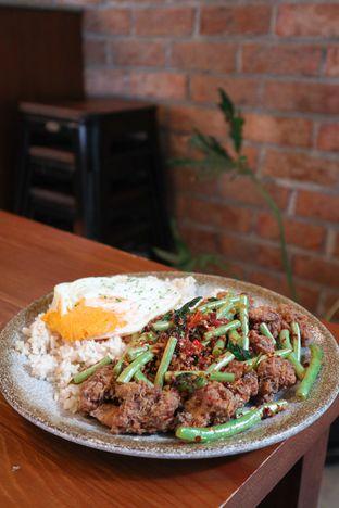 Foto 3 - Makanan di Ombe Kofie oleh thehandsofcuisine