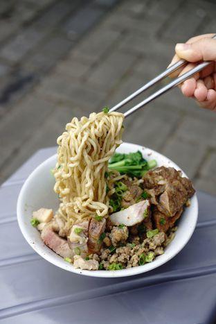 Foto 1 - Makanan di Bakmie Akhwang oleh Kevin Leonardi @makancengli