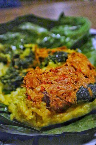 Foto 1 - Makanan di Ayam Suwir Wara Wiri oleh Couple Fun Trip & Culinary