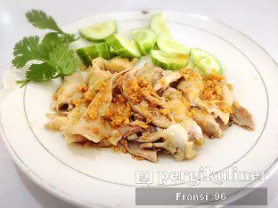 Foto 5 - Makanan di Bubur Ayam Tangki 18 oleh Fransiscus