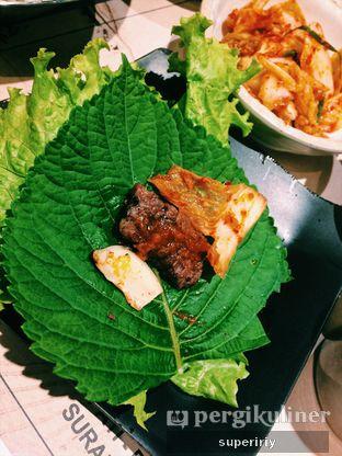 Foto 4 - Makanan(kkaennip wrap) di Magal Korean BBQ oleh @supeririy