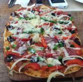 Foto Smoked Beef Pizza di Pique Nique